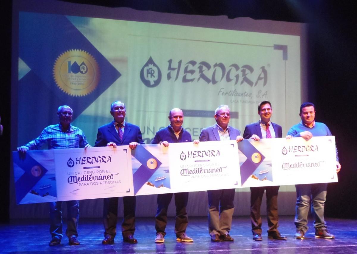 Herogra entregó el premio de los tres cruceros por el Mediterráneo para dospersonas